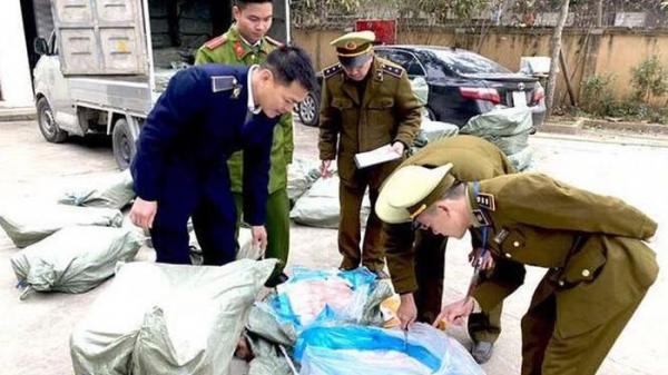 Lạng Sơn: Phát hiện 2 tấn nầm lợn nhập lậu bốc mùi hôi thôi suýt lên bàn nhậu