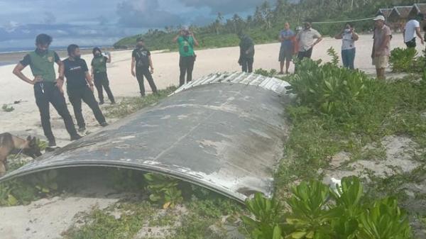 Điều tra cực sốc: MH370 bị v.ũ k.hí laser ßắ.ท h.ạ để ngăn hàng hóa rơi vào tay kẻ xấu