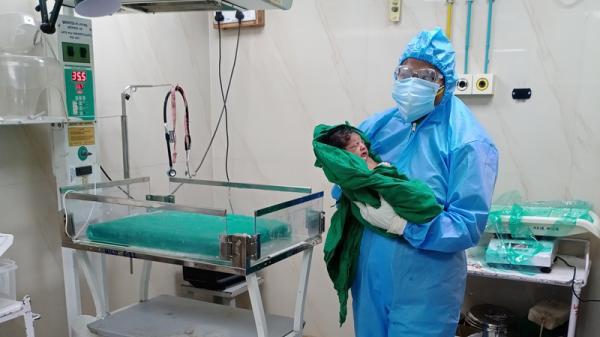 Lần đầu tiên trên Thế Giới ghi nhận em bé vừa chào đời đã mang kháng thể chống COVID-19