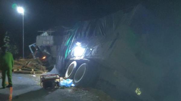 Tai nạn THẢM KHỐC khiến 7 người tử vong: Xác định tốc độ xe tải thời điểm gây tai nạn