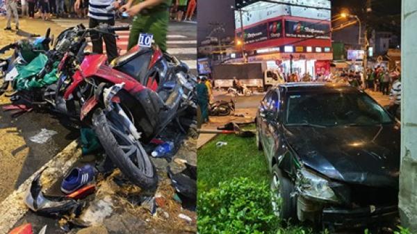 Ôtô Camry t.ô.n.g 8 xe máy ở Sài Gòn