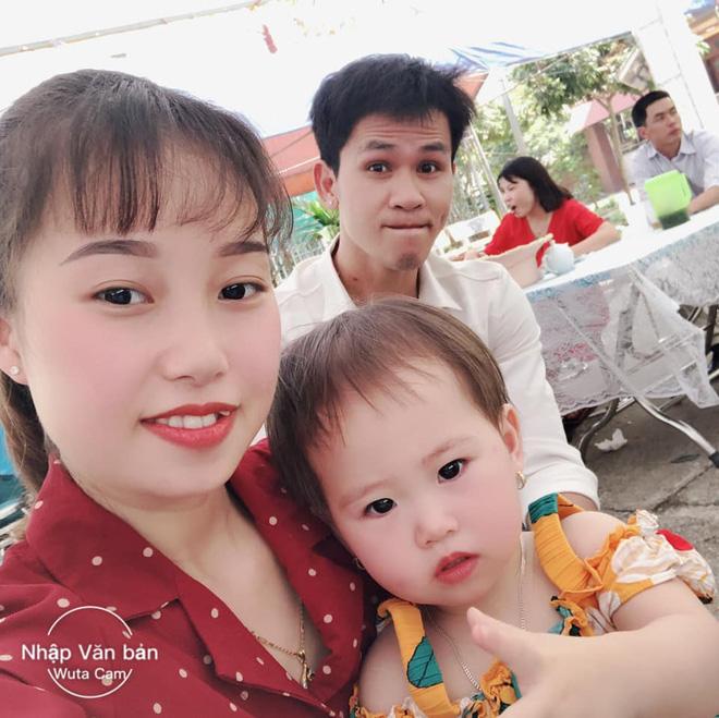 Gia đình nhỏ hạnh phúc của anh Mạnh