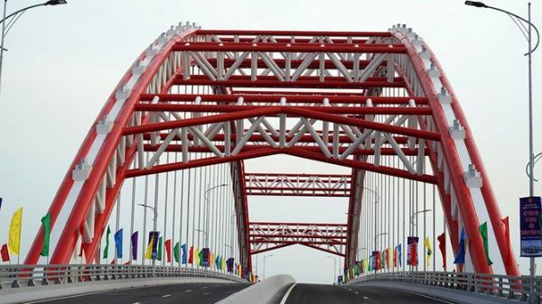 Cận cảnh cây cầu 'Cánh chim biển' của thành phố Hải Phòng