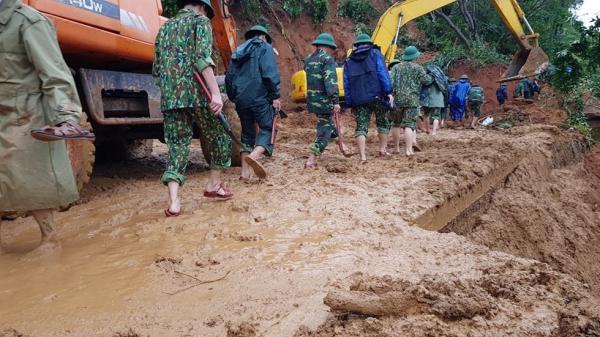 [CẬP NHẬT] Sạt lở đất, hàng chục cán bộ, chiến sĩ sư đoàn 337 nghi bị vùi…