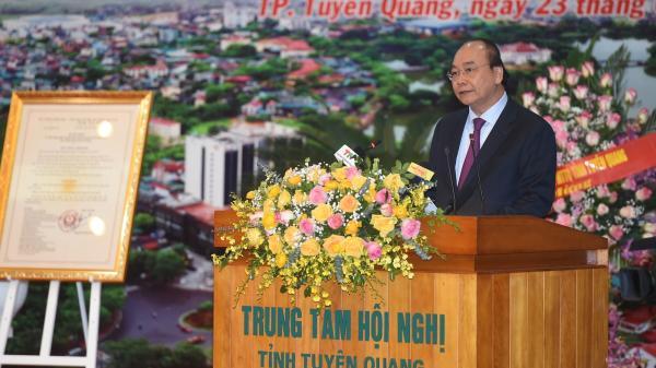 """Thủ tướng Nguyễn Xuân Phúc: """"Tuyên Quang phải là cứ điểm quan trọng của ngành gỗ Việt Nam"""""""