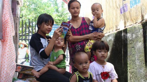 Xót xa 6 đứa trẻ mồ côi cha: Nỗi niềm của bà ngoại 'bất đắc dĩ'