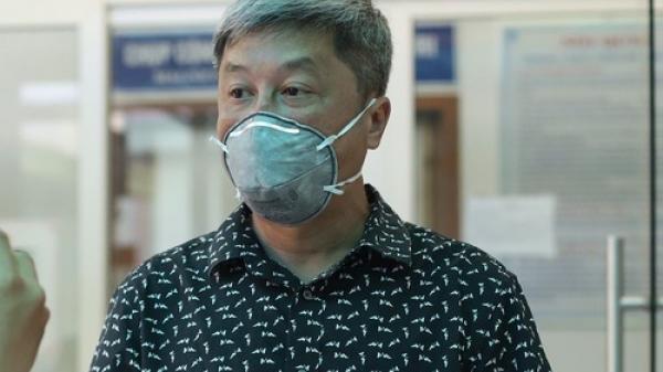 Thứ trưởng Bộ Y tế giải thích lý do bệnh nhân 3 lần dương tính vẫn chưa công bố mắc Covid-19