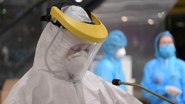 KHẨN: Tìm người từng đến các địa điểm liên quan người đàn ông Nhật Bản tử vong dương tính với SARS-CoV-2